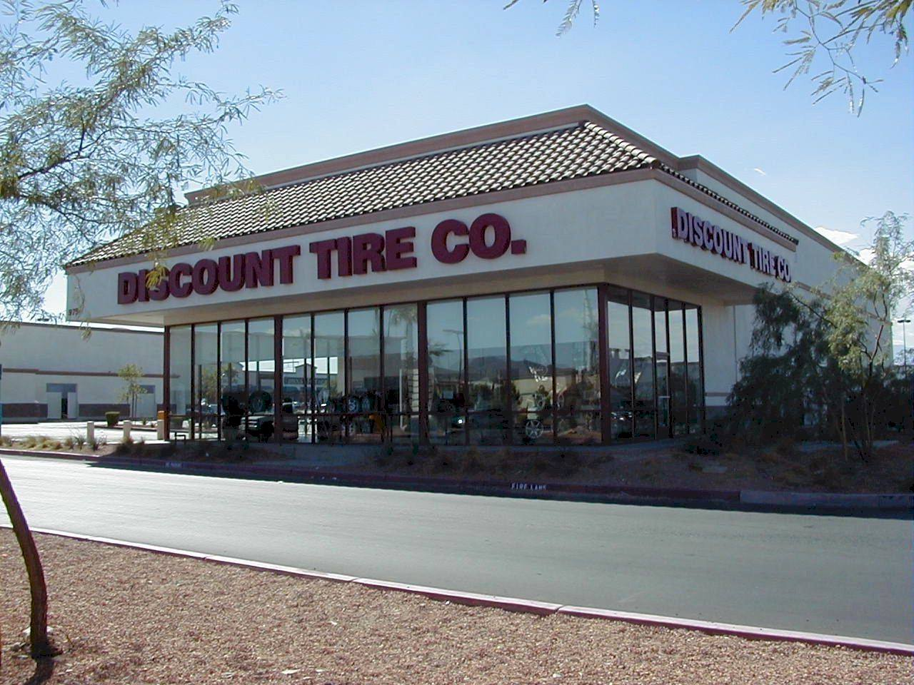 Discount Tire Store Hours >> Discount Tire Holiday Hours Location Near Me Us Holiday