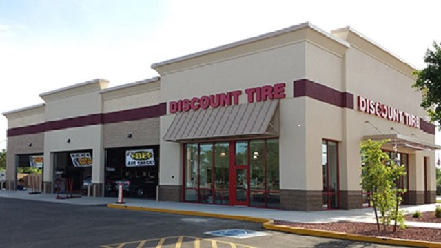 Discount Tire Store Hours >> Discount Tire Holiday Hours Location Near Me Us Holiday Hours
