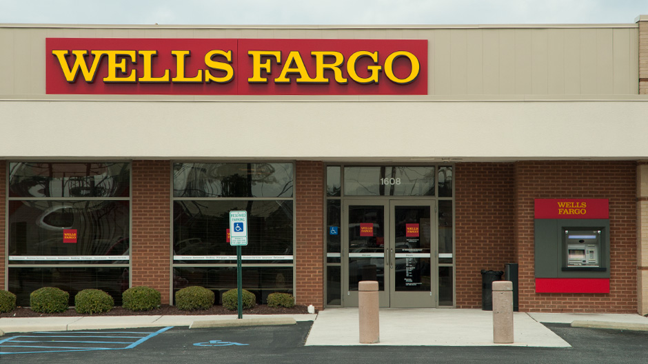 Wells Fargo Bank Holiday Hours